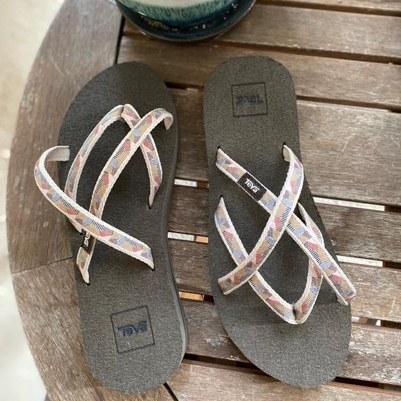 Teva New Womens Olowahu Sandal